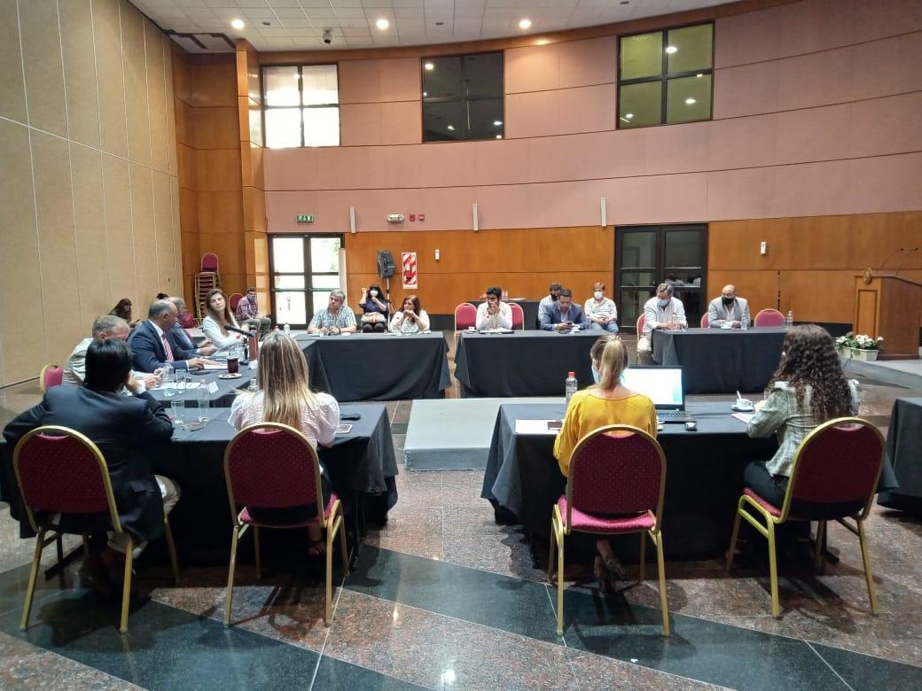 Intendentes del área metropolitana definen proyectos y gestiones con el Gobierno provincial
