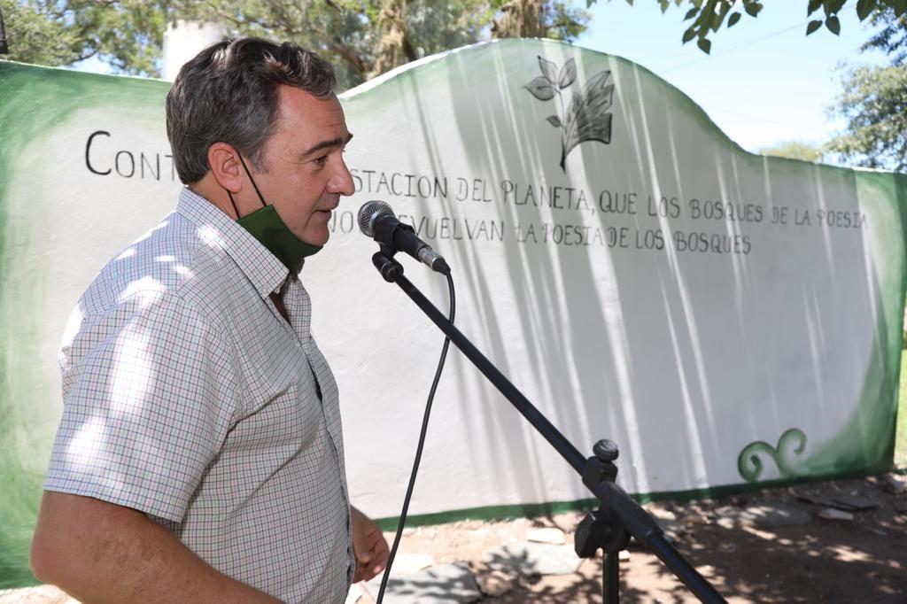 El segundo bosque de la poesía se inauguró en Atocha