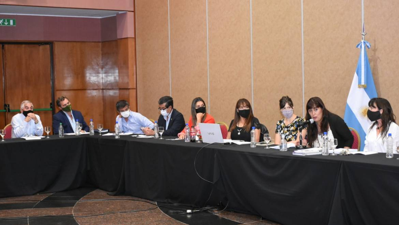 Saravia participó de la mesa de trabajo «Argentina Unida»