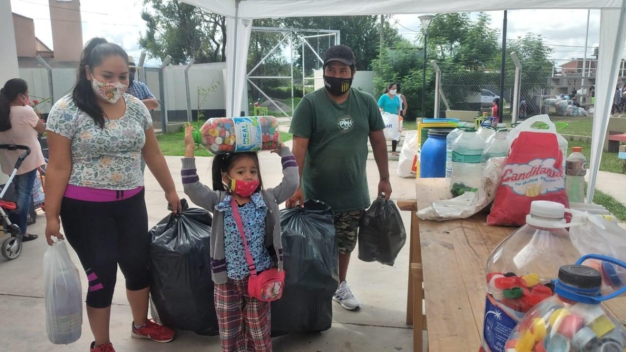 Se recolectaron más de 100 kilos de plástico en el Eco Canje